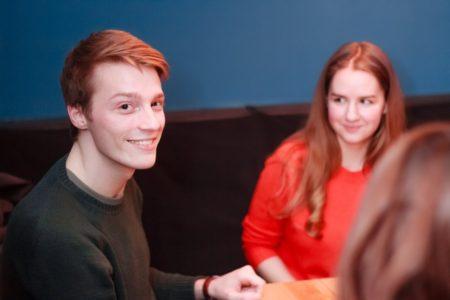урок Разговорный английский для взрослых в Петрозаводске
