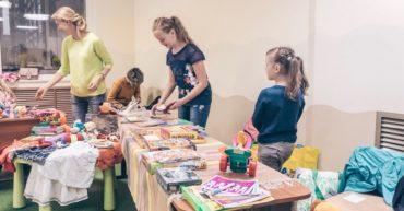 ярмарка вещей_дети и родители_октябрь